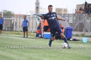 Samuele Curreli ha vinto la sfida del goal con la coppia della Nuorese Caboni-Ragatzu.