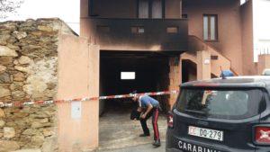 I carabinieri della compagnia di Carbonia hanno denunciato un uomo, un pensionato di 71 anni, di Teulada, per incendio doloso (ha dato fuoco al suo appartamento, da cui è stato sfrattato).