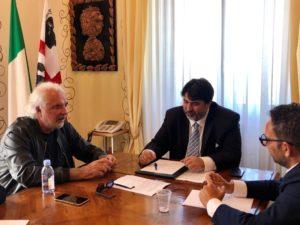 Il presidente della Regione, Christian Solinas, ha incontrato questa mattina, a Villa Devoto, l'imprenditore Flavio Briatore.