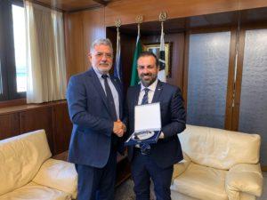 Il presidente del Consiglio regionale ha ricevuto in visita ufficiale l'ambasciatore Sergio Piazzi, segretario generale dell'Assemblea parlamentare del Mediterraneo.