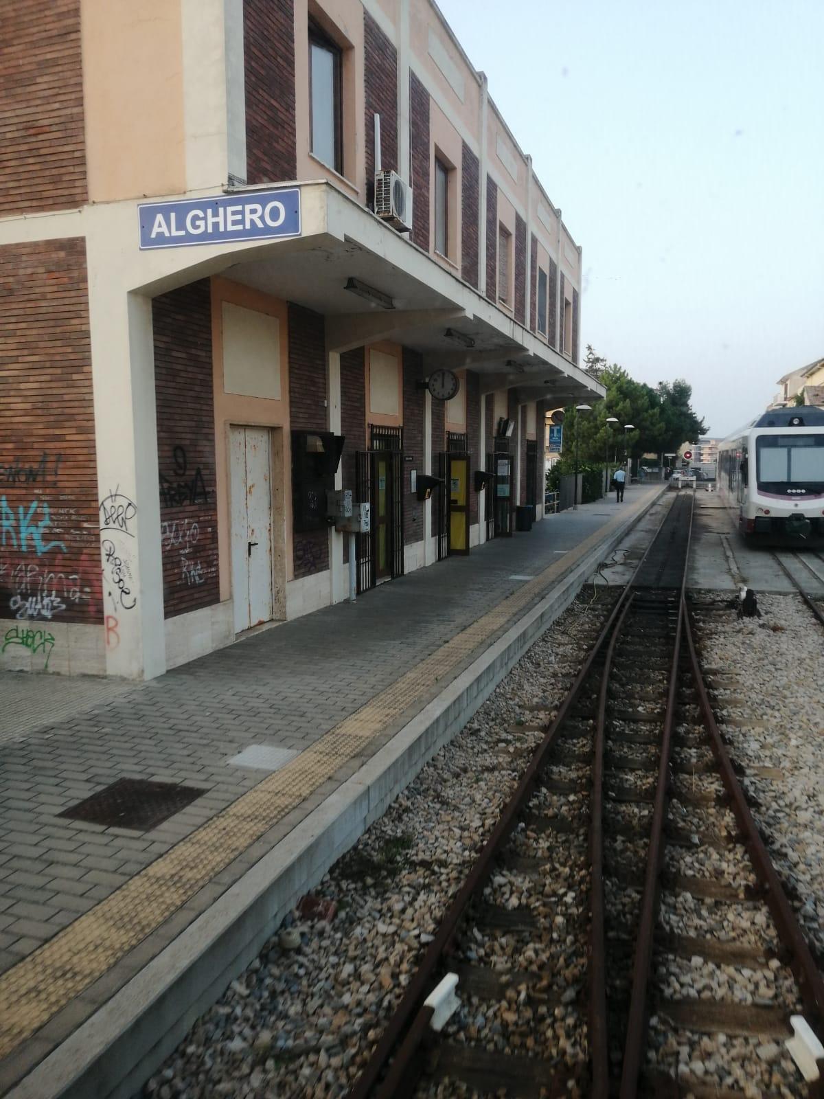 Questa mattina è ripartito il treno di Alghero, con a bordo il presidente del Consiglio regionale, Michele Pais.