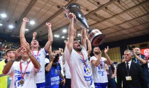Il presidente del Consiglio regionale invita la Dinamo dopo la conquista della SuperCoppa Italiana: «Vi aspettiamo in Consiglio».