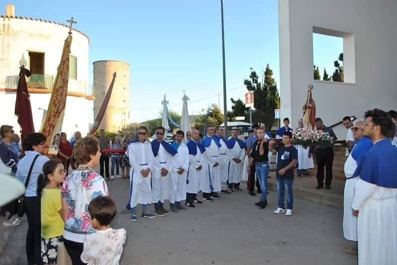 A Stintino, Pozzo San Nicola in festa per il patrono.