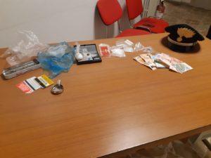 Ieri sera, i carabinieri della stazione di Guspini, hanno arrestato un 37enne disoccupato del luogo, per detenzione di sostanze stupefacenti.