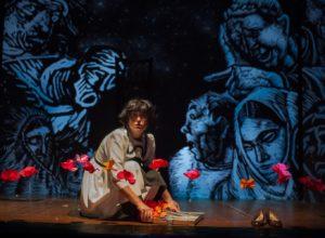 """Approda in Germania lo spettacolo """"S'Accabadora"""", della compagnia Anfiteatro Sud: in scena tra il 24 ed il 30 ottobre a Heidelberg, Norimberga e Stoccarda."""