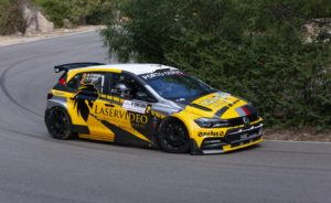 Vittorio Musselli e Claudio Mele (Volkswagen Polo R5) hanno vinto il Rally Terra Sarda. Decisiva l'ultima prova speciale.