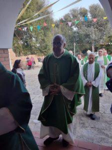 Si è insediato ufficialmente il nuovo parroco della chiesa Santa Barbara di Bacu Abis, don Giuseppe Tilocca, chiamato a sostituire il compianto don Giampiero Garau.