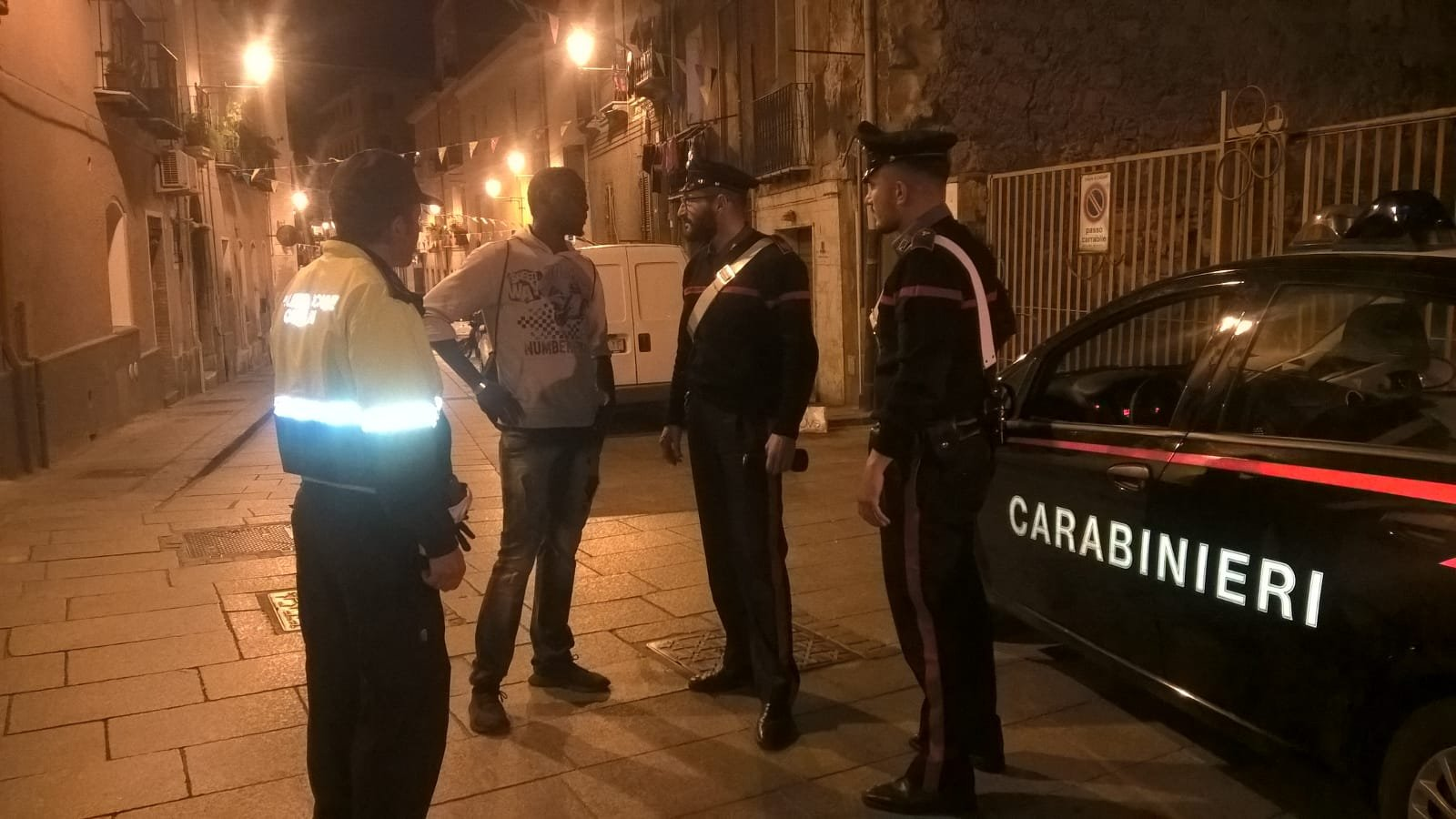 Carabinieri e Polizia municipale di Cagliari hanno effettuato una serie di controlli nel quartiere Marina di Cagliari.
