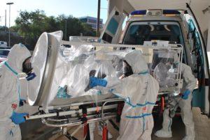 La scorsa settimana, a Sassari, si è svolta un'esercitazione per il trasporto di un paziente infetto da virus Ebola.