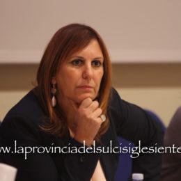 """Alessandra Zedda: «Accelerare la ripresa """"in presenza"""" per garantire un efficiente servizio ai cittadini»"""