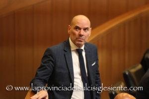 Antonello Peru (Cambiamo!): «E' indispensabile varare l'imposta di sbarco che, di fatto, sostituirebbe la tanto odiata tassa di soggiorno».