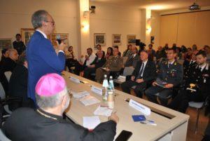 A Stintino la quinta edizione del convegno Dialogando ha messo attorno al tavolo esperti di cooperazione, studiosi, docenti universitari ed esponenti religiosi.