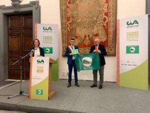 Il comune di Serri ha ricevuto il Premio nazionale Bandiera Verde agricoltura 2019, nella sala della Protomoteca del Campidoglio, a Roma