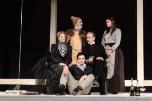 """Stamane sono state presentate, a Cagliari, le stagioni 2019/20, """"Stagione del Teatro contemporaneo"""", """"Famiglie a Teatro"""" e """"Stagione Teatro per Ragazzi"""" della Compagnia Akròama."""