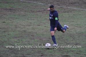 Quarto pareggio esterno stagionale per 1 a 1, il primo in Coppa Italia, per il Carbonia, nella gara d'andata della semifinale, con l'Arbus.
