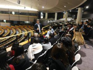 Studenti siciliani e sardi a Bruxelles rispondono all'appello dell'eurodeputato Ignazio Corrao.