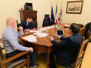 Siglato l'accordo con EniRewind, la strada di accesso al nuovopolo industriale di Porto Torres è proprietà del Consorzio industriale provincialedi Sassari.