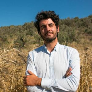 MEETropolitan35, il format creato da Prohairesis, domenica 24 novembre, al Teatro Massimo di Cagliari, presenta l'arpista serba 17enne Minja Stojanovic, e l'imprenditore agricoloStefano Caccavari.