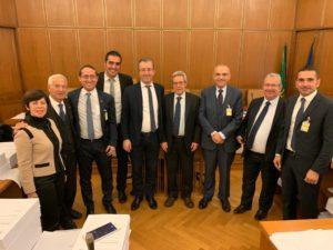 Consiglieri regionali e senatori sardi uniti a sostegno della proposta di legge per l'inserimento del principio di insularità in Costituzione.