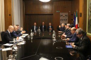 Il presidente del Consiglio regionale ha incontrato il commissario europeo della Salute e della Sicurezza alimentare Vytenis Andriukaitis.
