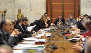Gli assessori regionali Zedda, Todde e Pili sono fiduciosi per una soluzione della vertenza del Porto canale di Cagliari, dopo l'incontro di ieri al Mise.