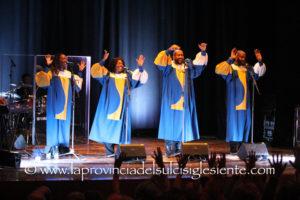 Dopo lo straordinario successo di questa sera al Teatro Centrale di Carbonia, i J.P. & The Soul Voice domani si esibiranno a Sassari, venerdì ad Alghero.