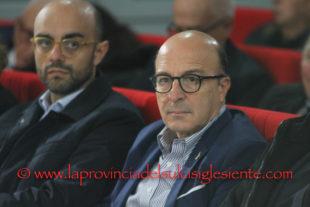 Commissione Sanità: salta l'audizione dell'assessore Mario Nieddu, duro richiamo dalla maggioranza
