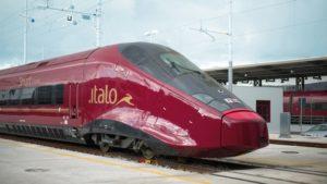 Italo-Treni: nuove assunzioni di diplomati e laureati. L'azienda è alla ricerca di: Hostess e Steward, Operatori, Macchinisti…