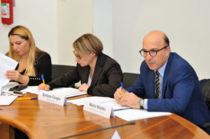 Si è riunito oggi a Cagliari il primo tavolo regionale di confronto sui disturbi del comportamento alimentare.