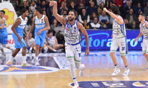 Inarrestabile! Anche la Vanoli Cremona di Meo Sacchetti s'è arresa al PalaSerradimigni, al cospetto di una Dinamo arrivata alla settima vittoria consecutiva (sesta in campionato).