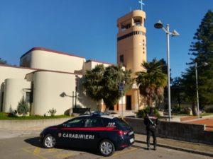 Ieri mattina, a Villacidro, i carabinieri della locale stazione hanno arrestato tre cittadine di etnia Rom, tutte residenti a San Gavino Monreale, per il reato di furto.