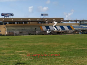 """Sono quasi terminati i lavori di rimozione della copertura della tribuna dello stadio Comunale """"Carlo Zoboli"""""""