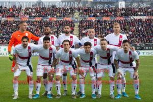 Niente da fare per il Cagliari contro il Milan di ZlatanIbrahimović.