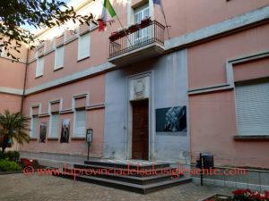 Al via la gara d'appalto per l'efficientamento energetico del Municipio e della scuola Enrico Fermi di Sant'Antioco, con 900mila euro di investimento.