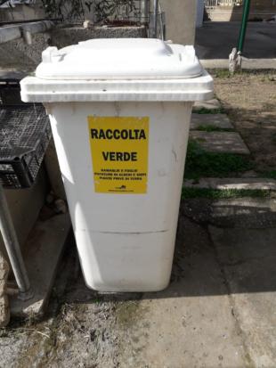 Carbonia: 200 bidoni carrellati da 240 litri per la raccolta domiciliare di verde e ramaglie