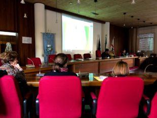 """Il servizio di mensa scolastica, a Sant'Antioco, per i prossimi tre anni sarà """"Plastic free"""""""
