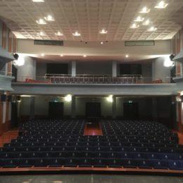 Sabato 15 febbraio, a Carbonia, 5° appuntamento della stagione di prosa, musica e danza del Cedac