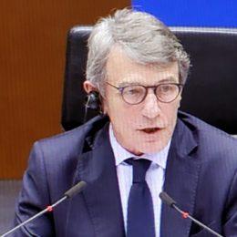 David Sassoli sull'Ungheria: «I Parlamenti devono restare aperti e la stampa deve essere libera»