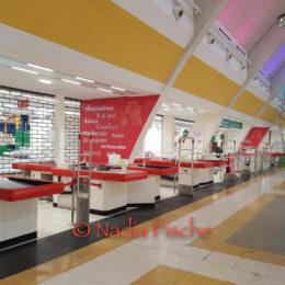 È passata una settimana dalla chiusura dell'Auchan di Santa Gilla, rilevato da Margherita distribuzione (Conad)