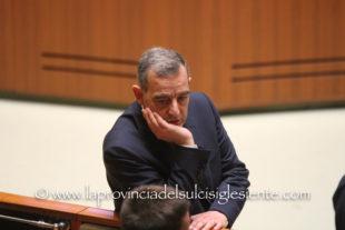 Roberto Li Gioi (M5S) attacca la Giunta Solinas: «Per il Covid-19, cliniche private pagate a caro prezzo anche se vuote»