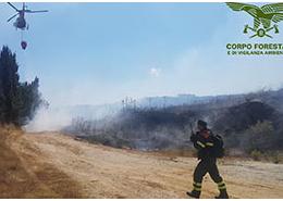 Domani, 1 maggio, inizia lo schieramento dei primi 2 mezzi aerei regionali ad ala rotante in Sardegna per la campagna antincendi 2020