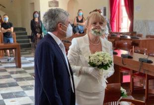 Il sindaco di Carbonia, Paola Massidda, oggi ha unito in matrimonio l'assessore dei Servizi sociali Loredana La Barbera e il compagno Paolo Zandara