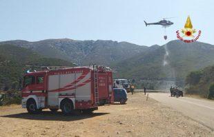 22 gli incendi segnalati oggi in Sardegna, 3 hanno richiesto l'intervento dei mezzi aerei, a Bosa, Quartucciu e Carbonia