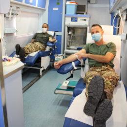 """Alla caserma """"S. Ten. Riva Villasanta"""" sono state raccolte 57 sacche di sangue"""