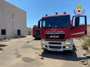 I vigili del fuoco di Cagliari, a fine mattinata, hanno spento l'incendio di un capannone dismesso nella zona industriale di Settimo San Pietro