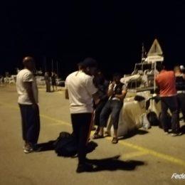 12 algerini, tra i quali 2 adolescenti, sono stati scortati nella notte al porto di Sant'Antioco