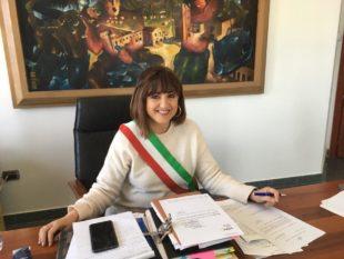 Paola Massidda: «Grazie ai cantieri comunali avviati col progetto Lavoras, opere importanti sono rimaste a Carbonia, dando lavoro a 40 cittadini»