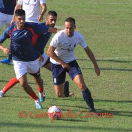 Il Carbonia ha vinto in rimonta, 3 a 2 (dallo 0 a 2) il derby amichevole con la Monteponi