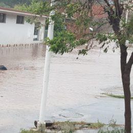 Piove in abbondanza e a Carbonia riaffiorano i problemi di sempre, nelle zone più a rischio che finiscono puntualmente sott'acqua