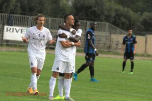 Il Carbonia riparte con un buon pari con il Gladiator, in evidenza il goal straordinario di Cristian Stivaletta